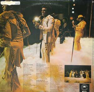 Back Cover Album The Isley Brothers - The Heat Is On