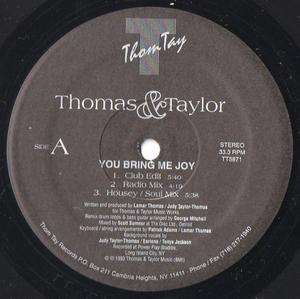 Single Cover Thomas And Taylor - You Bring Me Joy