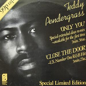 Single Cover Teddy - Close The Door Pendergrass