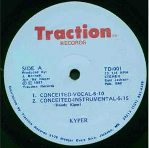 Single Cover Kyper - Conceited