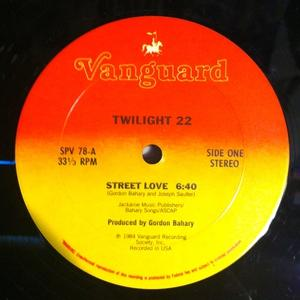 Single Cover Twilight 22 - Street Love