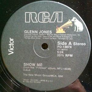 Single Cover Glenn - Show Me Jones