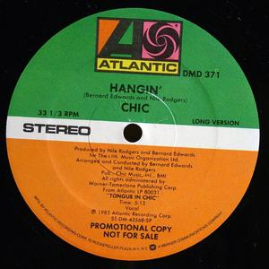 Single Cover Chic - Hangin'
