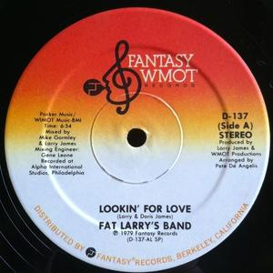 Single Cover Fat Larry's Band - Lookin' For Love